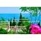 Сдам 3к.  дом на Массандровском пляже,  в Ялте,  с террасой